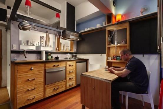Многоуровневый интерьер очень маленькой квартиры