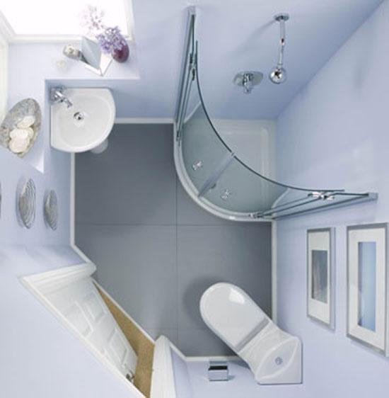 от «тяжелых» ванн к «легким» и просторным душевым кабинам