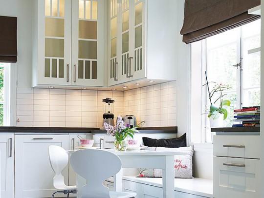 15 фотографий белых кухонь