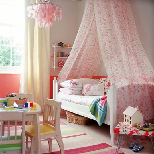 10 детских для девочек с балдахином над кроватью