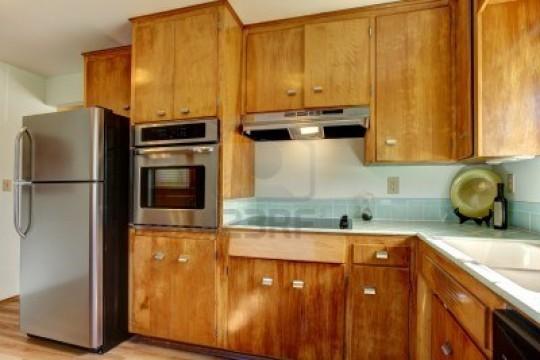 Кухонные фасады из натурального дерева
