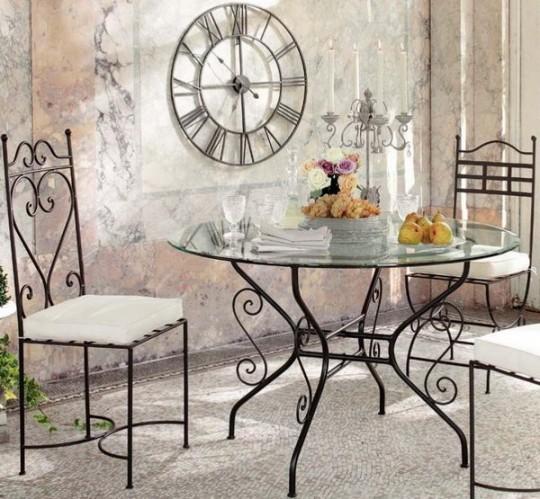 Использование кованой мебель во внутреннем интерьере дома