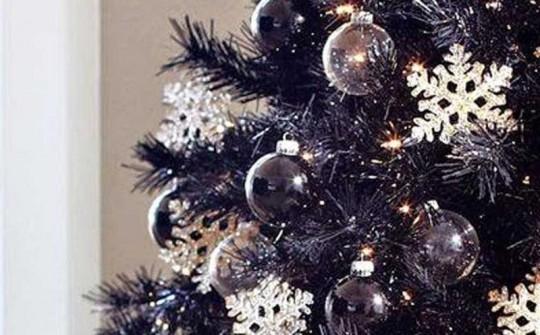 Черная елка